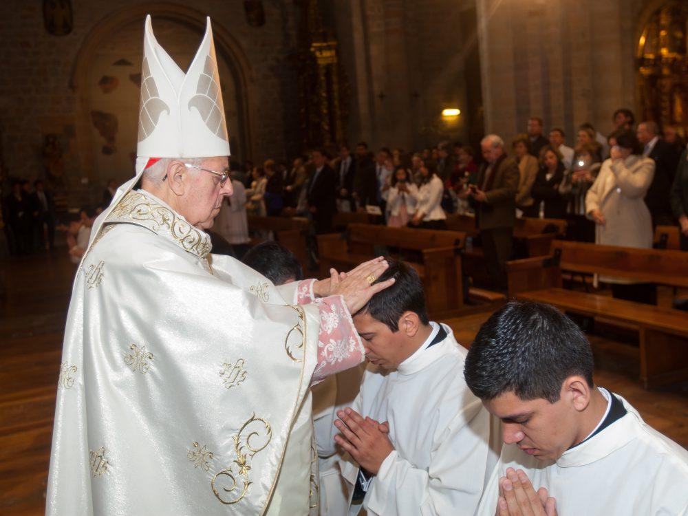 Información para obispos
