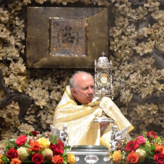 La Eucaristía: fuente de nuestra vida